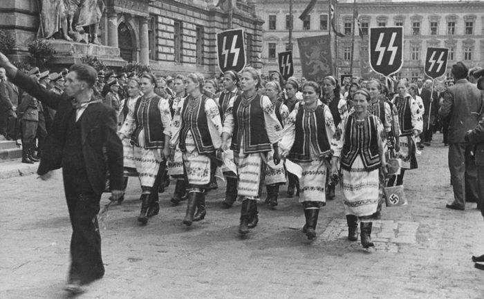 Порошенко решил узаконить нацистское приветствие в армии Украина, Петр Порошенко, Законопроект, Националисты, Упа, Всу, Новости, Бандеровцы, Видео, Длиннопост