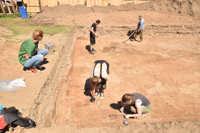 Один день из жизни археологической экспедиции. Археология, Архитектура, Раскопки, Работа, Некрополь, Длиннопост
