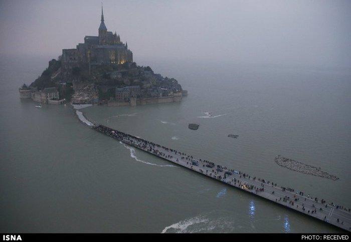 Остров - крепость.