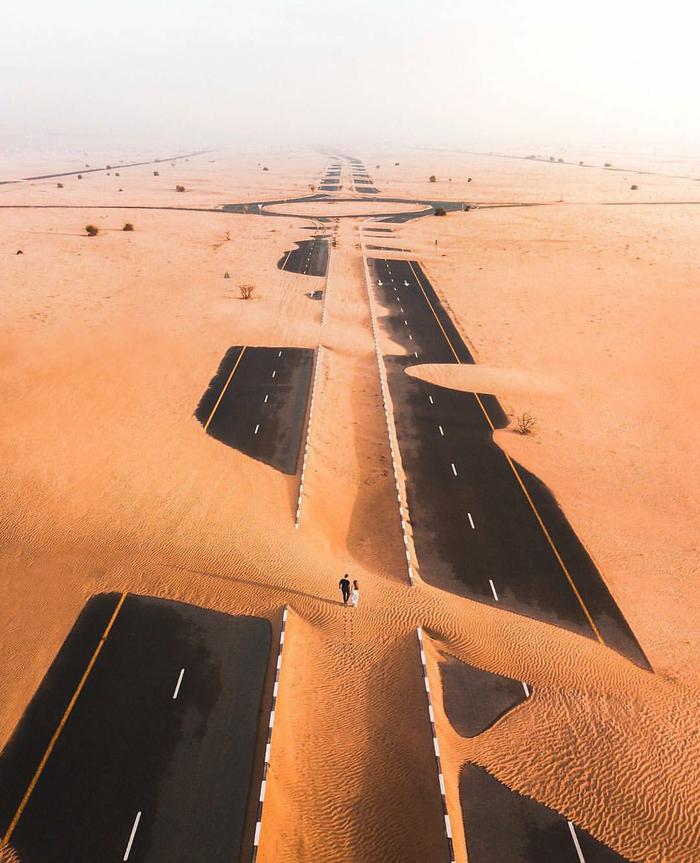 Шоссе во власти песка. Фотография, Фотограф, Пустыня, Дорога, Интересное, Арабы, Красота, Песок, Длиннопост