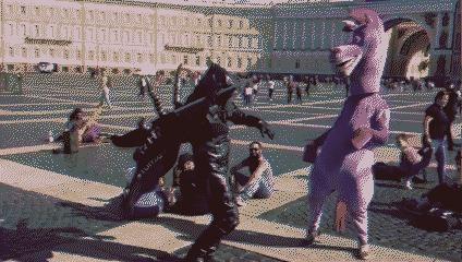 Когда на Дворцовой танцевальный психодел
