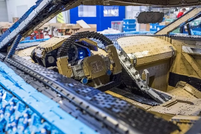 Компания Lego построила полноразмерную копию гиперкара Bugatti Chiron, на которой можно ездить Новости, Авто, LEGO, Конструктор, Bugatti, Круто, Фотография, Видео, Длиннопост