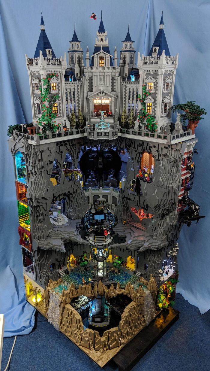 Огромная пещера Бэтмена и поместье Уэйнов из Lego Фотография, Видео, LEGO, Бэтмен, Пещера, Самоделки, Imgur, Длиннопост