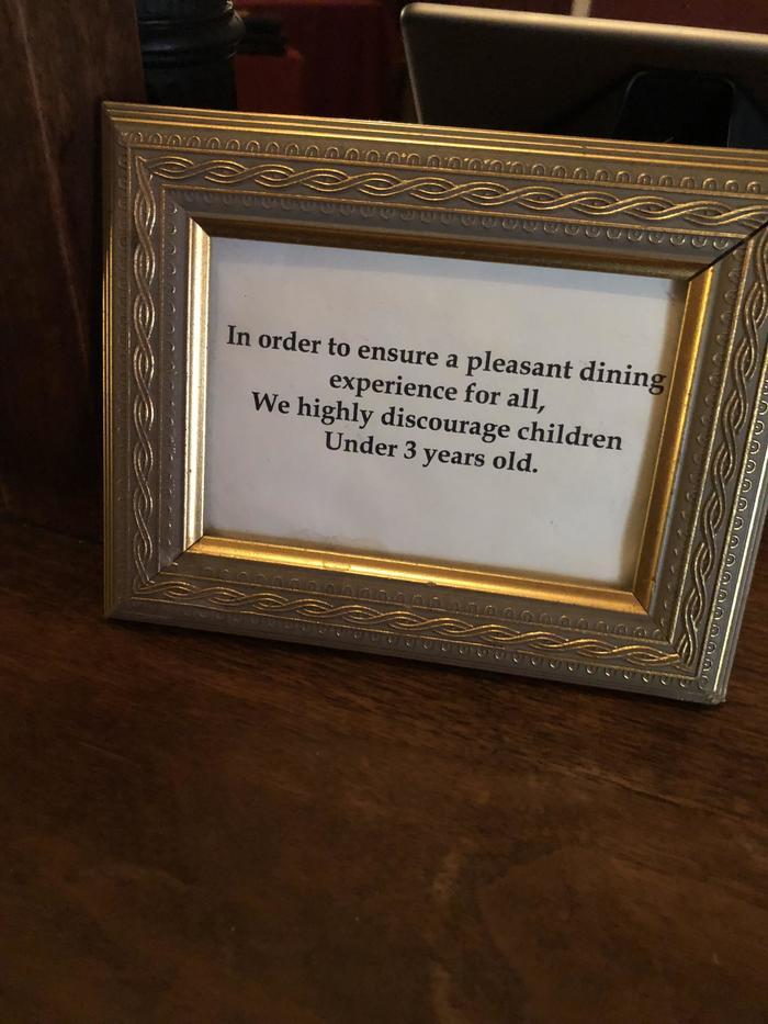 Этот ресторан даже готов лишиться части выручки, давая хороший совет Ресторан, Дети, Удовольствие, Предупреждение, Совет