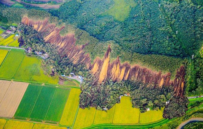 Фото землетрясения Хоккайдо Землетрясение, Фотография, Оползень, Хоккайдо, Япония