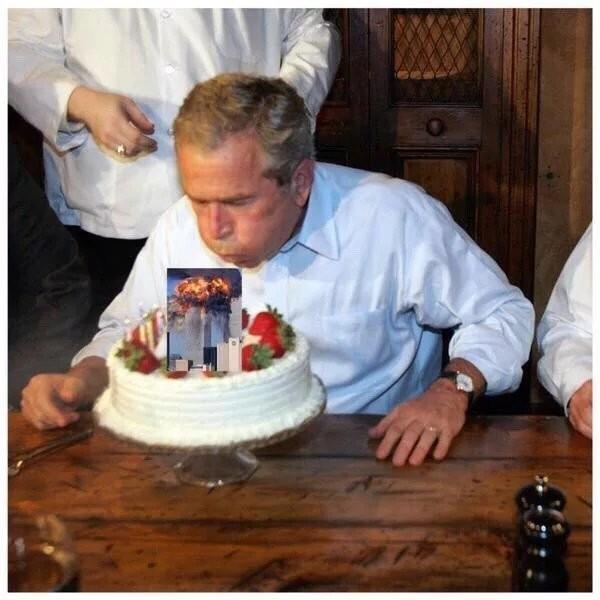 Джордж Буш празднует свой день рождения