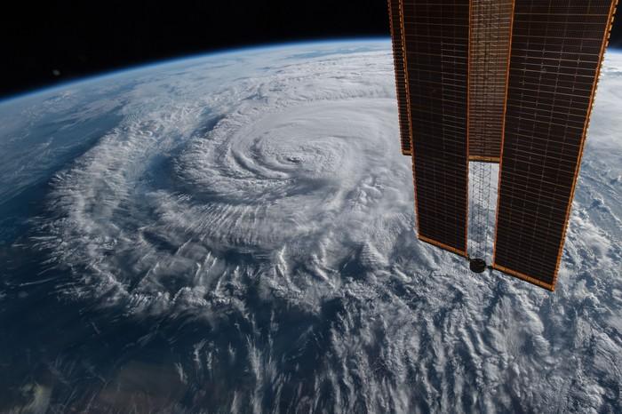 Последние фотографии урагана «Флоренс» с борта МКС Ураган, Ураган Флоренс, США, МКС