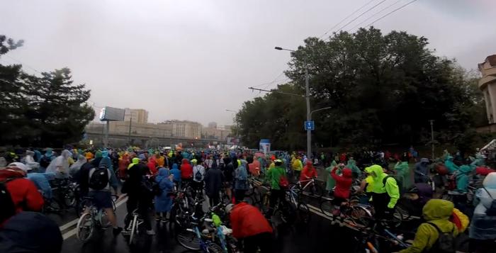 Московский велозаплыв 16 сентября Велосипед, Москва, Велопарад, Ливневка, Видео, Длиннопост