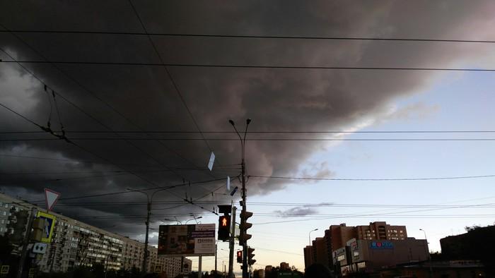 Небо Петербурга. Впечатляет Погода, Небо в тучах, Город контрастов