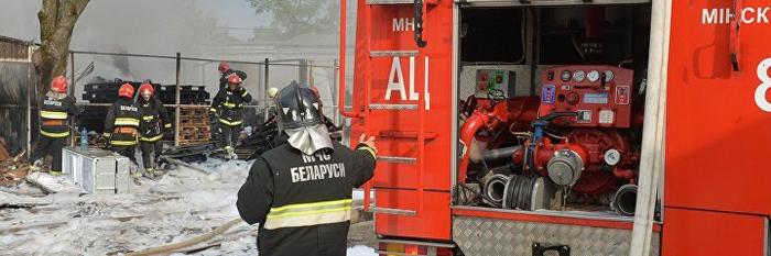"""Почему """"пожарные приезжают без воды"""" и почему это не так Пожарные, Спасатель, Стереотипы, Без воды, Объяснение"""
