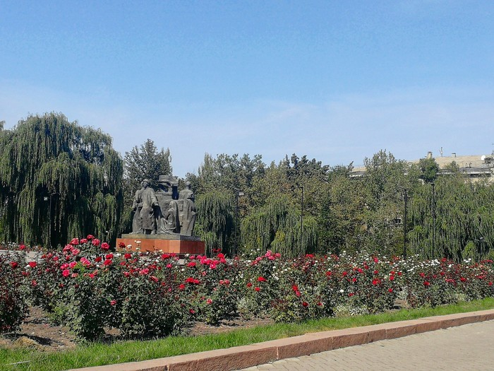 Осень в Бишкеке Осень, Бишкек, Кыргызстан, Природа, Длиннопост