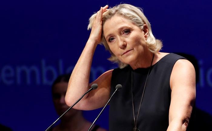 Суд отправил Ле Пен на психиатрическую экспертизу из-за твитов про ИГ Франция, Марин ле Пен, Политика, Исламисты, Charlie Hebdo, СМИ, Юриспруденция, Свобода слова, Длиннопост