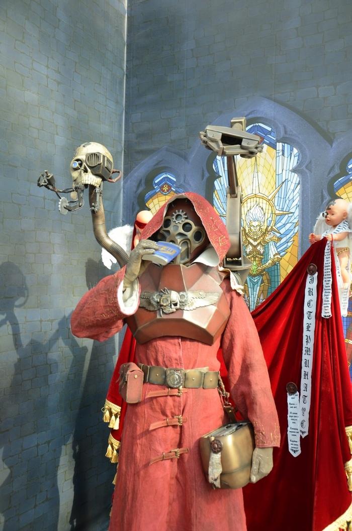 Техножрица и компания на фестивале Игрокон 2018 Adeptus Mechanicus, Warhammer 40k, Тостер, Techpriest, Wh Other, Warhammer cosplay, Гифка, Длиннопост