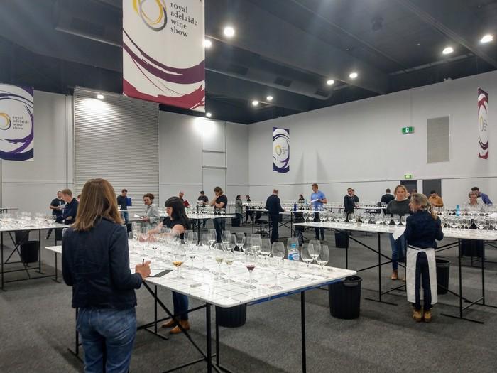 Королевское винное шоу Аделаиды Вино, Австралия, Длиннопост