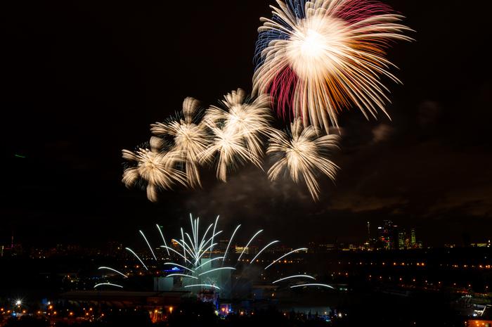 Закрытие фестиваля Круг света. Круг света, Фотография, Длиннопост, Салют, Фейерверк, Sony, Длинная выдержка