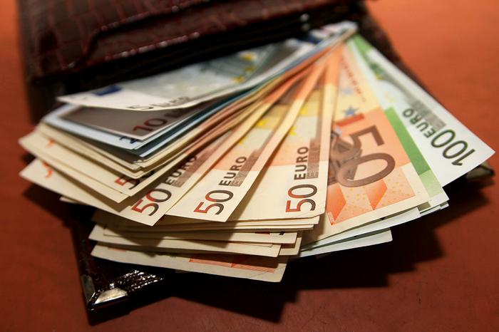 Уфимец нашел кошелек с 3000 евро и вернул владельцу Новости, Кошелек, Уфа, Россия, Позитив