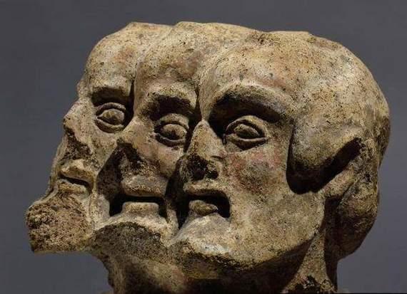 Трехголовый демон. Фрагмент этрусского барельефа, Орвието, Италия, 5 век до н.э. История, Античность, Барельеф