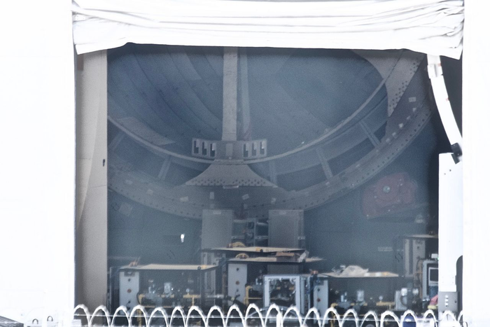 """Шпионские"" фото ангара BFR. Spacex, BFR, Falcon 9, Космос, Илон Маск, Ракета, Марс, Длиннопост"