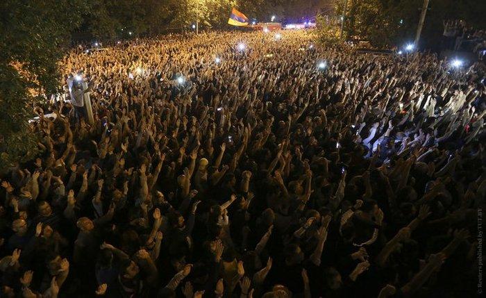 Недолго музыка играла... Политика, Армения, Пашинян, Длиннопост