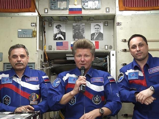 Иконки на торпеде МКС. МКС, Гагарин, Королев