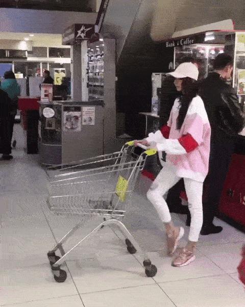 Надо чаще ходить в магазины