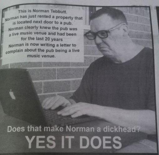 Это Норман Тиббатт Паб, Жалоба, Музыка