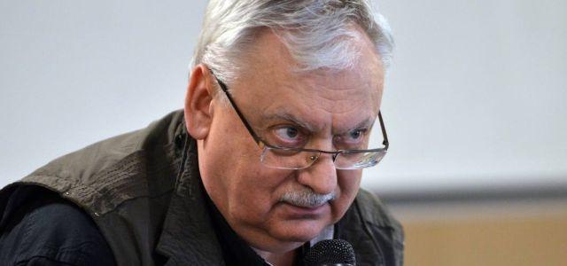 Анджей Сапковский рассуждает здраво Писатель, Политика, Анджей Сапковский