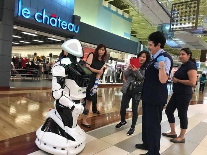 Отечественные роботы «Промобот» 4-й версии (Promobot v.4) будут экспортироваться в США Технологии, Россия, Роботы наступают, Текст, Наука и техника, Видео, Длиннопост