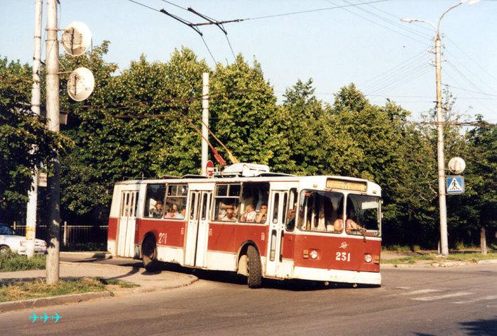 """""""Низкий таз радует глаз..."""" Троллейбус, Электротранспорт, Зиу-9"""