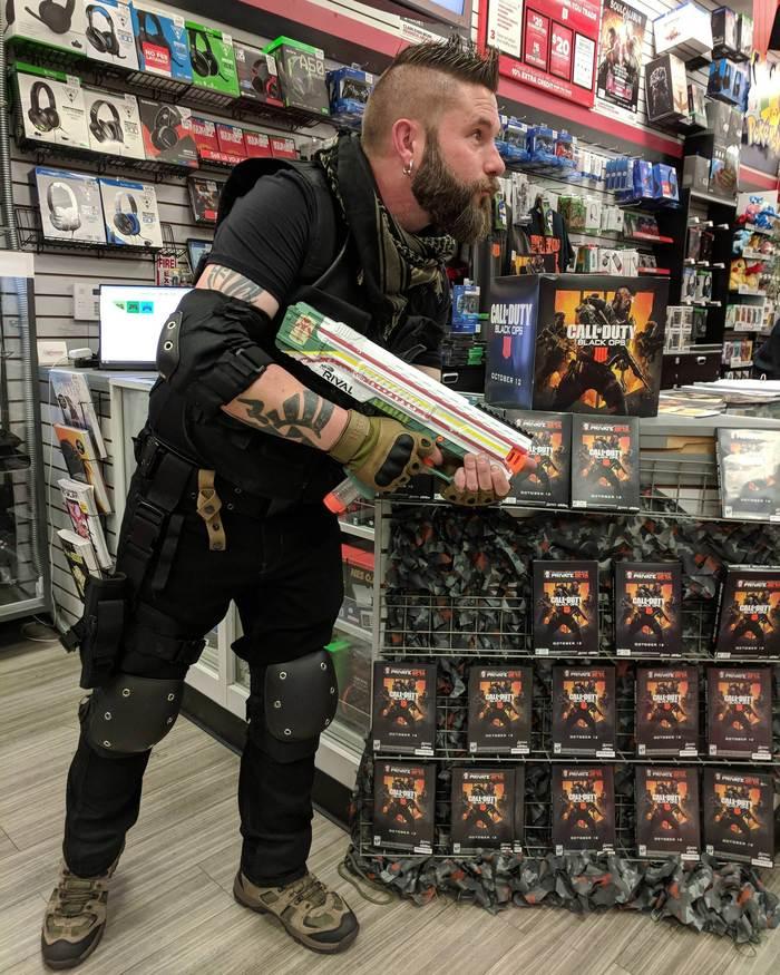 Мой менеджер приоделся к выходу Call of Duty Black Ops 4 Игры, Косплей, Call of Duty, Black Ops 4, Юмор, Фотография