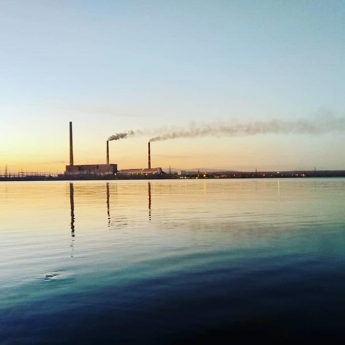 Вечернее фото Лучегорской ГРЭС