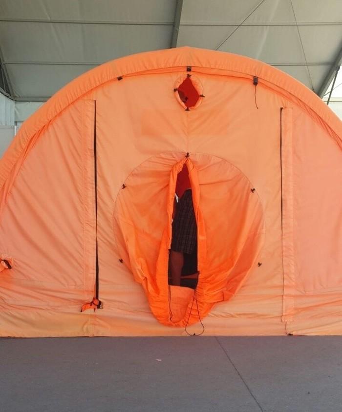 Пошлая палатка МЧС Палатка, МЧС, Пошлость, Сарказм, Дизайнеры от бога