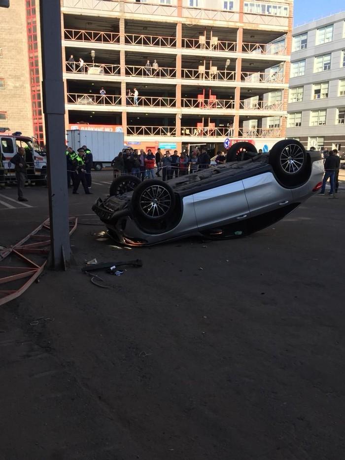 Мойщик разбил GLE coupe Происшествие, Краш, ДТП, Автомойка, Мерседес, Видео, Длиннопост