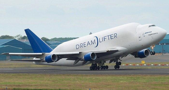 Boeing 747 Dreamlifter Боинг, Самолет, Боинг 747, Фотография, Интересное, Boeing 747 Dreamlifter, Длиннопост