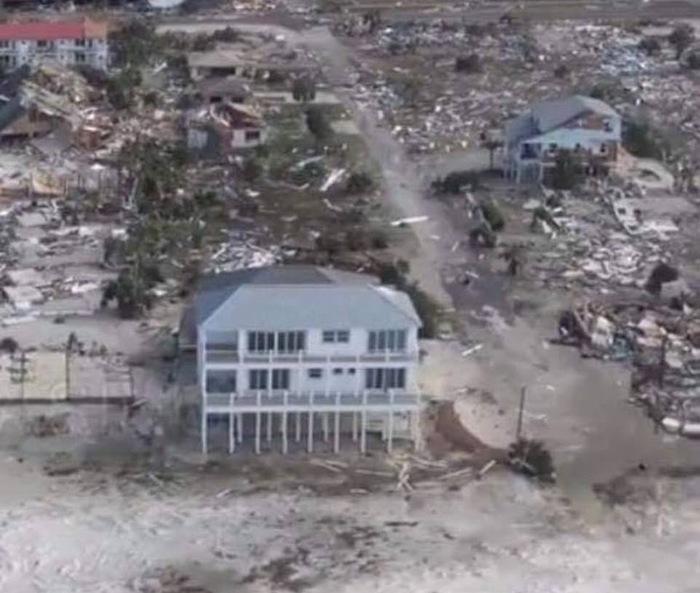 Особняк «Песчаный дворец», который выдержал ураган 4-й категории Ураган, Флорида, Загородный дом, Длиннопост, Предусмотрительность
