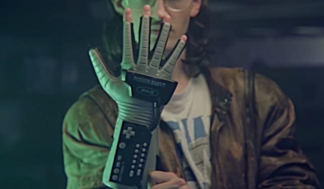 Разработана перчатка, позволяющая ощутить форму объектов в виртуальной реальности Технологии, Виртуальный мир, Виртуальная реальность, Длиннопост