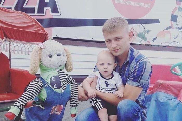 Молодой человек впал в кому после конфликта с девушкой и ее парнем около магазина Новосибирск, Сибирь, Происшествие, Негатив, Кома, Длиннопост