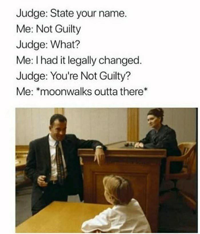 В суде Суд, Находчивость, Фамилия, Картинка с текстом