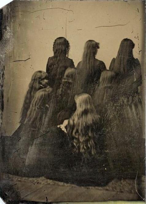 Демонстрация длины волос. 1880 г