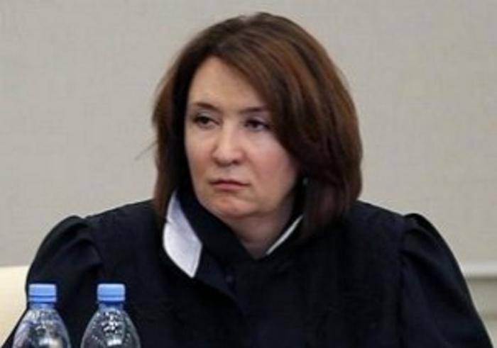 «Золотая» судья нашла людей, которые подтвердили подлинность ее диплома Новости, Елена Хахалева, Судья, Россия, Диплом