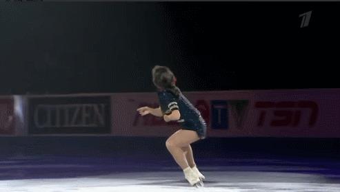 Елизавета Туктамышева на показательных выступлениях в Канаде Спорт, Фигурное катание, Елизавета Туктамышева, Гифка