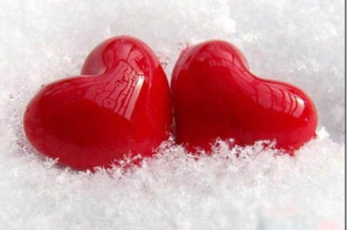 Любовь N1, любовь N2...,, Сколько тебя видов? Любовь, Бабушка, Мама