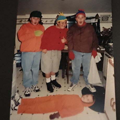 90-ые. Дети нарядились на Хэллоуин после премьеры первой серии Южного Парка на ТВ