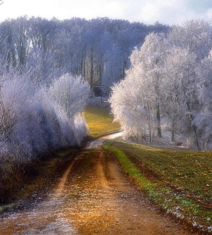 Загрузка зимы...