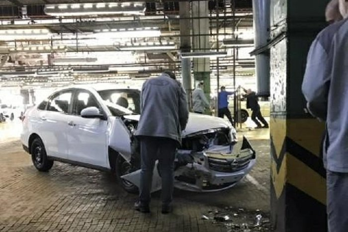 На АвтоВАЗе случайно разбили одну последнихNissan Almera АвтоВАЗ, Nissan, Nissan almera, Тольятти