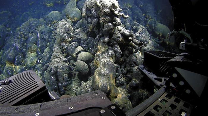 На дне океана обнаружили «игровую площадку для русалок» Океан, Извержение, Находка, Стекло, Длиннопост