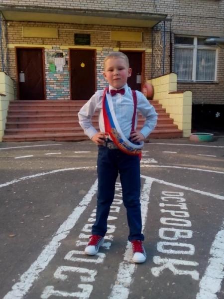 Третьеклассник из Подмосковья спас тонущую в бассейне 5-летнюю девочку Протвино, Спасение, Бассейн, Московская область