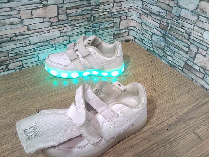 О LED кроссовках. Ремонт обуви, LED, Кроссовки, Моя интересная работа, Фотография, Длиннопост
