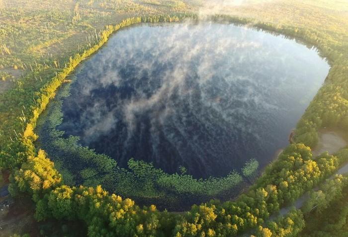 Дыхание Уржинского озера (Рязанская область) Фото: Екатерина Елизарова.