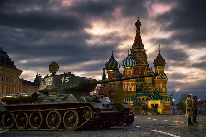 На параде танки грохотали т-34, Парад, Красная Площадь, Музей техники, Длиннопост